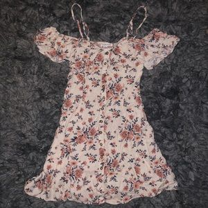 5/$20 American Eagle size 0 floral dress